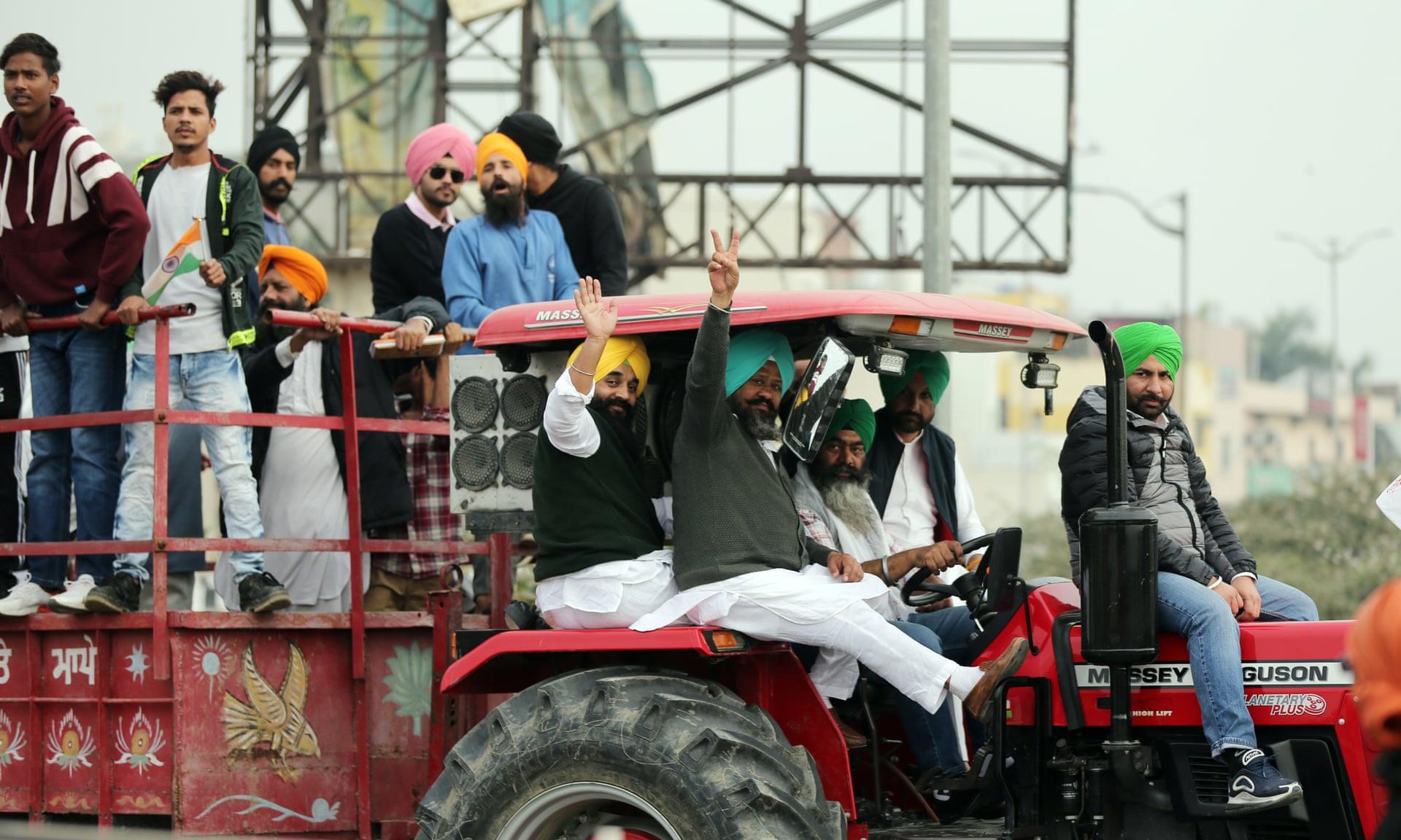 Hindistan'da Çiftçiler Grevde