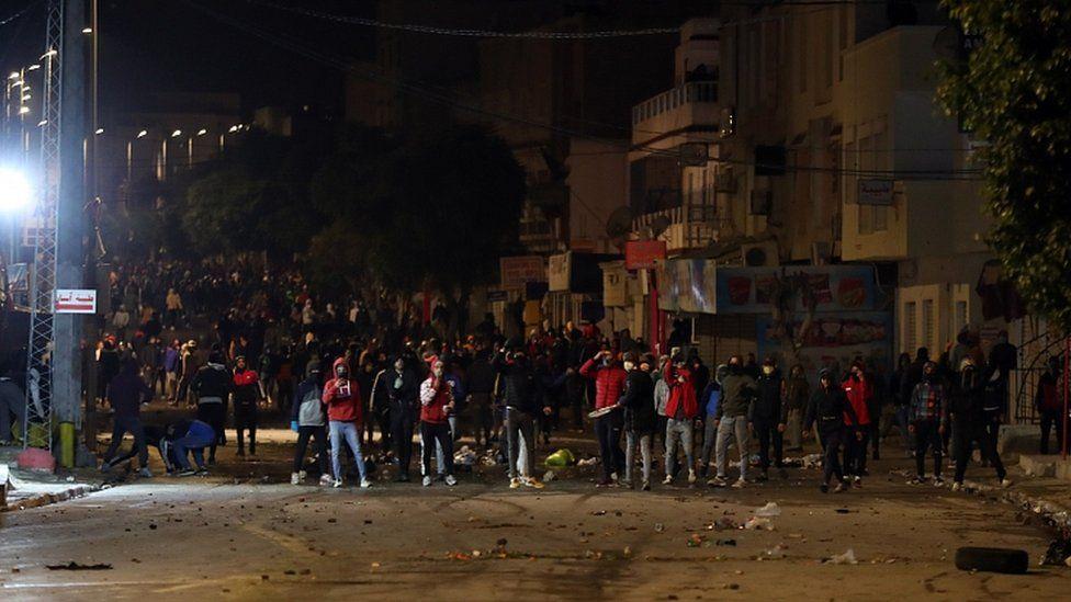 Tunus'ta Halk Sokakta – Haber Analiz