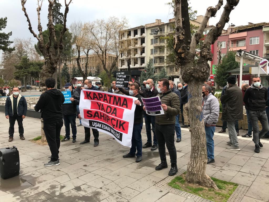 Uşak'ta Esnaf Sokakta: Kapatma ya da Sahip Çık